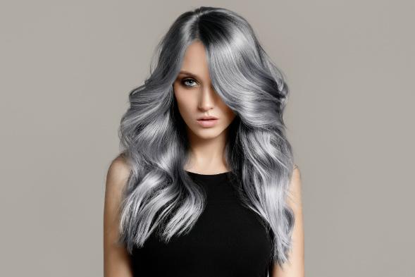 Waarom vervaagt je haarkleur en hoe ga je dit tegen?